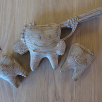 Zahn aus Holz / kreativ-fraesen