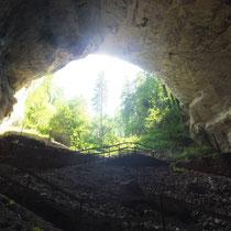 Grotte de Cerdon - gite de tres bayard - saint claude - jura