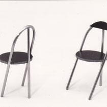 3-poot stoel met stalen frame/houten zitting