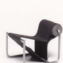 Dezelfde stoel gekanteld als luie stoel