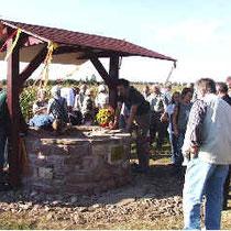 Das Vorbild: Der 2005 wieder aufgemauerte Ziegelhofbrunnen