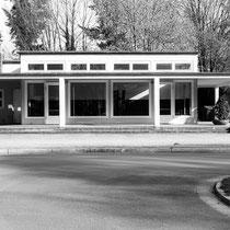 Blumenpavillon auf dem Westfriedhof (1929-30), Architekten: Johannes Göderitz, Fritz Kneller