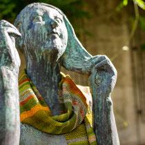 Sitzendes Mädchen, Werner Stötzer, Bronze, 1958