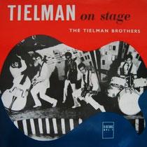 ets van de enerverende live-sound is te horen op de eerste elpee On Stage.