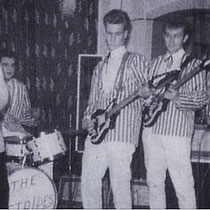 ANDY STAR AND THE STRIPES - Den Haag  Jan Kettenis (g) Karel Lamboo (b) Rob de Vries (g) Harry Warnas (g) Guus Weenen (z) Guus Zwet (d)