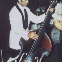 Ponthon stapte wegens onenigheid in 1964 uit THE TIELMAN BROTHERS en speelde een tijdje met zijn eigen band TIELMAN ROYAL, daarna ging hij terug naar Indonesië waar hij tot zijn dood gebleven is.