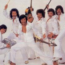 in 1979 zou Andy op zijn LP 'Back To The Fifties' (Killroy/Telstar) weer wat van zijn oude glorie laten horen. Vooral de instrumental Sarinandé maakte veel indruk en het was al heel bijzonder eindelijk eens een LP aan te treffen met 4 instrumentals