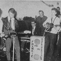 FRANKY AND THE ROCK SPECIALS - Groningen  Bezetting: Tjaard Bakker - basgitaar  Wim Kroon - drums  Wim van Slochteren - sologitaar/zang  Herman Veninga - solo-/slaggitaar Nico Keizer - slaggitaar