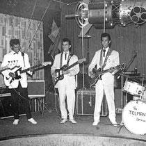 Waarom schaften Indo's nu eigenlijk vooral die Jazzmasters aan? In eerste instantie in navolging van de Tielman Brothers. Verder wordt wel gesuggereerd, dat ze gewoon de duurste (en dus de beste?) wilden.