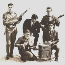 THE HUSKYS - Soest  Bezetting: Henny Happe (sologitaar), Martin Duiser (slaggitaar), Bert Hooijer (bas), Ton Happe (drums)