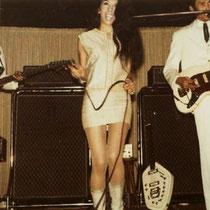 Jane zong solo op Bring It On Home To Me. Reggy was de solozanger op een aantal Indonesische liedjes, zoals Ole Sio en Kekasih Ku. Meeslepend was ook de zang van Andy in het nummer Mukwai Hula. Het nummer Maria (West Side Story) werd op single uitgebracht