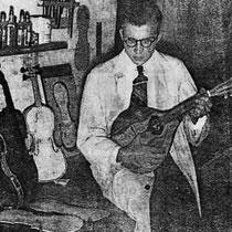 Hay Schreurs (1921-2002) is een verwoed houtbewerker die, als hij 15 jaar is, zijn eerste mandoline en twee jaar later zijn eerste viool bouwt.   Daarna vervaardigt hij vooral mandolines later ook gitaren. In 1939 wordt het bedrijf Venlonia opgericht