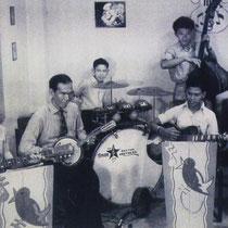 Ook Hawaïn muziek stond op het programma.  Zij speelden ook instrumentale wereldmuziek zoals 12th. Street Rag en vokale hits van Nat King Cole, Bill Haley en Elvis Presley.