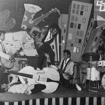 Daarna trokken ze naar Studio 15 in Düsseldorf en de fraaie dancing Westhof in Heidelberg, een legendarische lokatie, vanwege de Amerikaanse GI's die daar gelegerd waren.