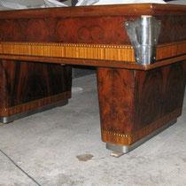 Modello Mantovani 260 con buche in legno e formica - Laterale e piede