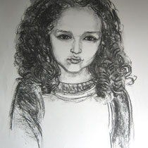 Manon   Fusain sur papier