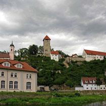© Traudi – Rechtenstein, Burg und Kirche