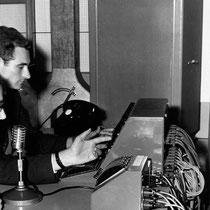 """Geluids technicus Malcolm Addey had een grote invloed op de eerste opnames van Cliff & The Drifters. Producer Norrie Paramor vond """"Move It"""" maar """"niks"""" en voegde zelfs aan """"Schoolboy Crush"""" een (fluitend) achtergrond koortje toe."""