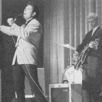 In mei 1960 werd overgestapt op VOX AC 15 versterkers