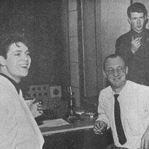 Cliff in de studio met Norrie Paramor en Ian Samwell  Studio Twee in de Abbey Road werd een centrum van de rock muziek in 1958, toen Cliff Richard en The Drifters , Move It opnamen,  waarschijnlijk de eerste Europese rock 'n' roll single.