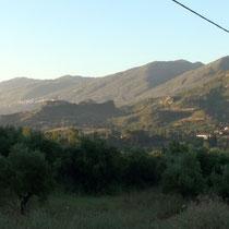 le panorama du bivouac près de la maison