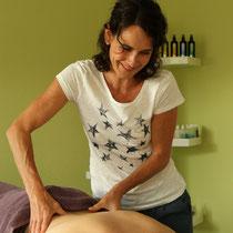 Simone Scheuner, sasana Massage- & Klangpraxis in Muhen, Aargau