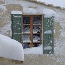 fenêtre sous la neige