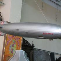 Modelo a escala del dirigible Hindenburg