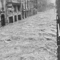 Valencia flood on the streets (1957)