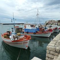 Fischerhafen in Kampos