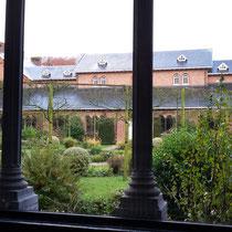 Uitzicht vanaf de binnentuin