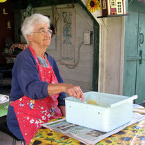 Confidences de Janine Fournier sur la fabrication artisanale du savon