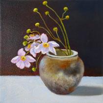 Vase mit Herbstanemone | 2020 | Öl auf Leinwand | 25 x 25 cm