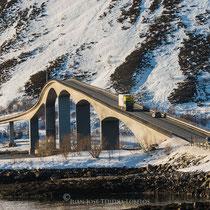 Los esbeltos puentes que unen las distintas islas.