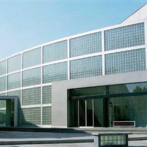 Glasbaustein Außenwand, Sankt Augustin; Dekor: Gekreuzt-Gewellt Eng