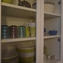 Cuisine bien équipée, service de vaisselle hyper complet