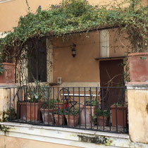 A typical balcony in Rome.