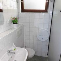 Beispiel Waschkabine mit WC Herren