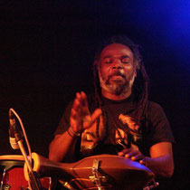 "Percussionist Mohammed Mazul bei ""Cameleon"""
