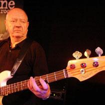 Richtet´s vorzüglich auf dem Bass: Mike