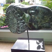 Widderkopf (Speckstein, Preis 380 Euro)