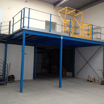 le stock (200 m²)