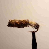 cased caddis schwer - mit Tungsten-Kopf