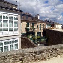 "Lugo, Galicia - auf der Stadtmauer ""La Muralla de Lugo"""
