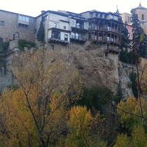 """Die """"hängenden Häuser"""" von Cuenca (14. Jhd.)"""