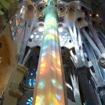 "Säule im Innern der Kathedrale ""La Sagrada Familia"", Barcelona"