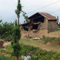 Erdbebenbilder von der facebook-Seite www.facebook.com/SCAI.Aust