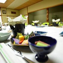 お食事は5,000円よりご用意いたしております。お得なご法要プランもございます。