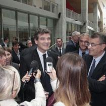 Arnaud Montebourg, en interview et Jean-Jack Queyranne et Jean-Louis Gagnaire à droite - Lyon - Oct 2013 - Photo © Anik COUBLE