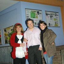 Gilles BERNARD entouré de Marie MURE et Aline CHAMBE / Photo : Anik COUBLE